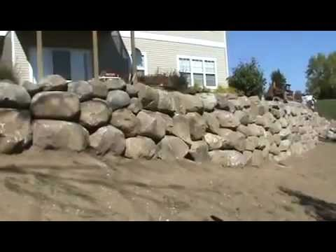 Landscaping - Boulder Wall Installation