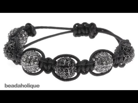 How to Make a Shambhala Bracelet, Part I: Macrame Square Knots