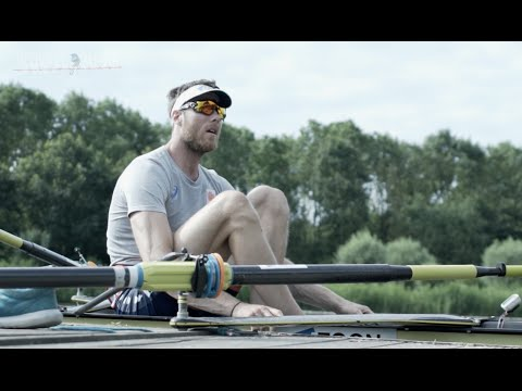 Men's eight rowing team training for the Olympic Games in Rio de Janeiro