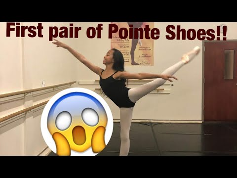 MY FIRST PAIR OF POINTE SHOES! THE FITTING. (VLOG WK. 8)