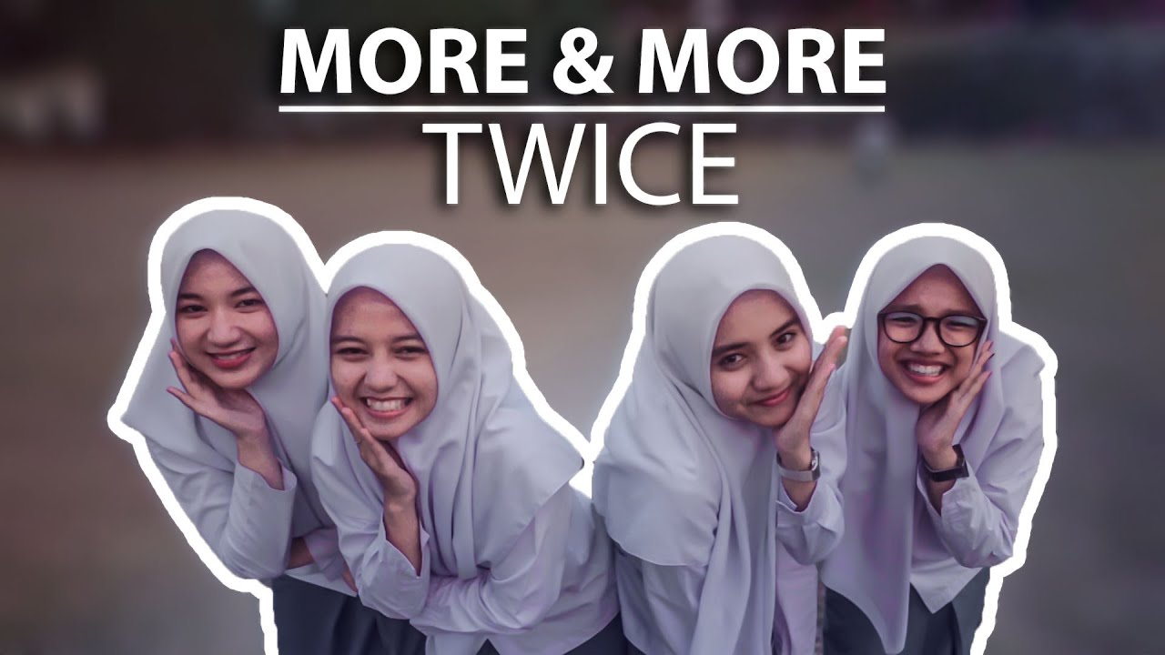 "TWICE ""MORE & MORE"" (COVER PUTIH ABU-ABU)"