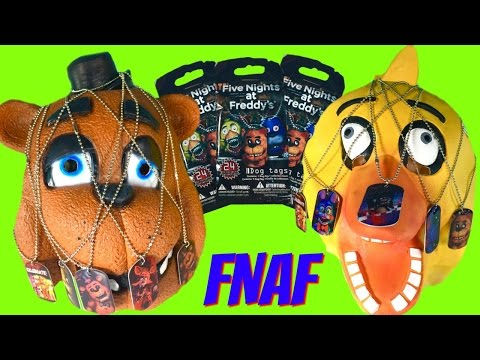 Five Nights at Freddy's FNAF Mask Toy Surprise! Chica & Freddy - Dog Tag