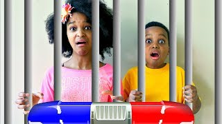 Bad Baby Shiloh and Shasha IN JAIL?! - Epic Police Chase - Onyx Kids