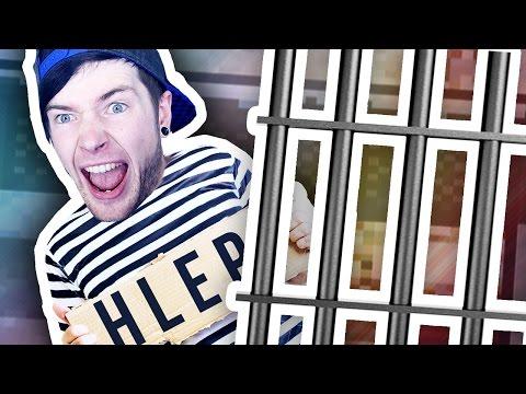 AMBUSHING A PRISONER!!! (The Escapists Jingle Cells #3)