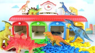 Learn names of Dinosaurs with Tayo. Learning dinosaur Toys Jurassic World M&M Colours For Kids T Rex