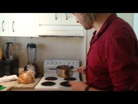 Making Swedish glögg