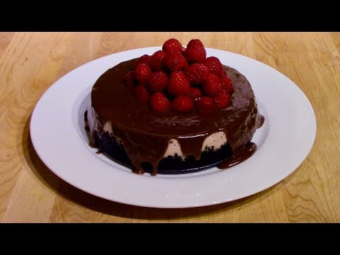 Making Raspberry Cheesecake in the Instant Pot