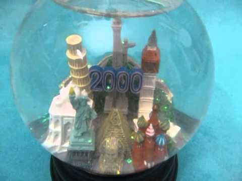Saks Fifth Avenue Millenium Snow Globe- Product Demonstration Video