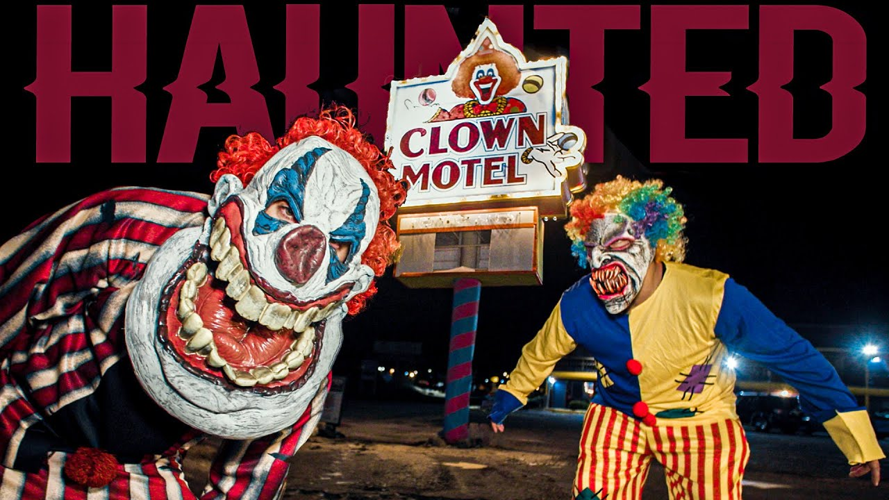OVERNIGHT in HAUNTED CLOWN MOTEL: The Cemetery Follows