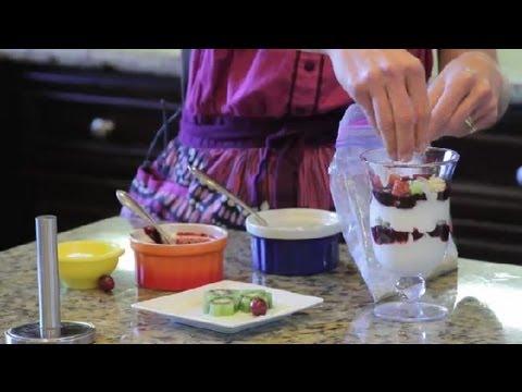 How to Make Fruit Parfaits : Parfait Recipe