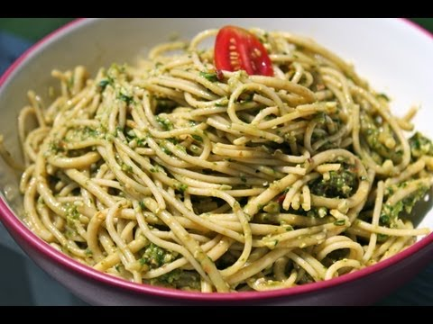 Healthy Spinach Pesto Pasta Recipe