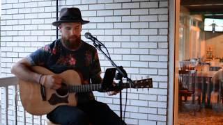 """Dean Heckel covering """"Broken Halos"""" by Chris Stapleton"""