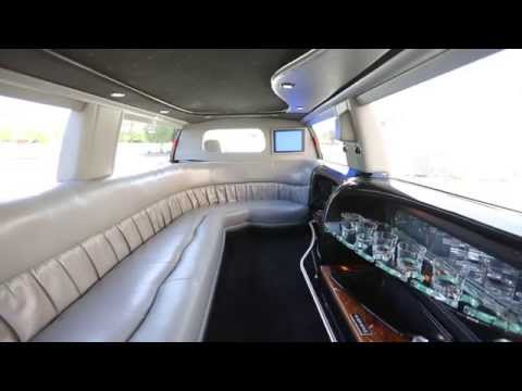 Ford Excursion Stretch Limo - White v.4