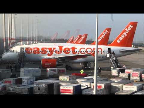 Easyjet in Amsterdam Schiphol Plane Arriving