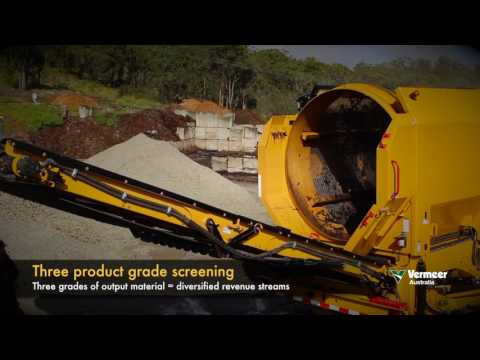 Vermeer TR620 3-product-trommel screening compost in Sydney, Australia