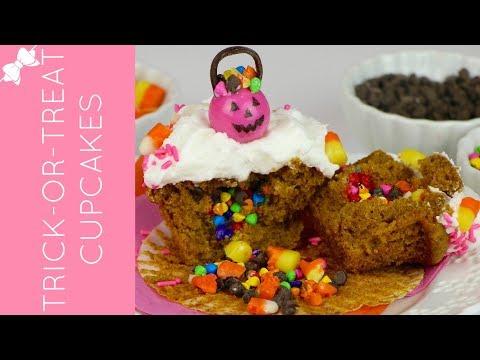 How To Make Trick-or-Treat Halloween Pumpkin Pinata Cupcakes // Lindsay Ann Bakes