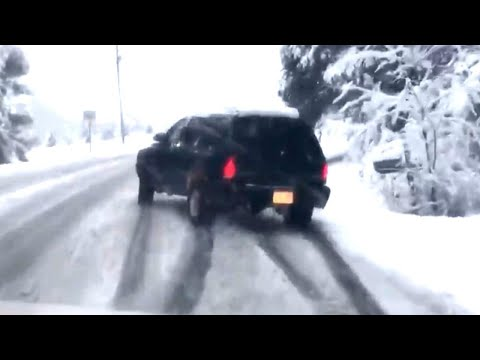 How to Drive Safely in an Icy Mess