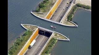 Puente Marino para Barcos / Los Videos mas Raros del Mundo 173