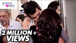 Abhi Kisses Pragya in Public | Kumkum Bhagya