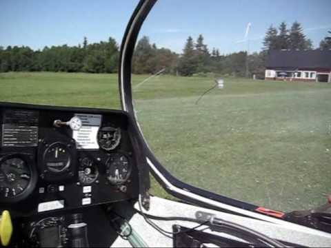 How To Fly a Glider AirPlane. An Introduction and First Flight (Day 14)