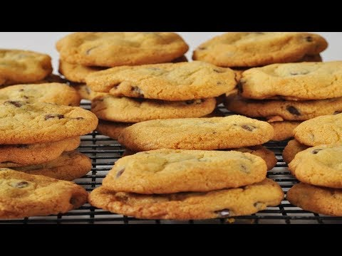 Chocolate Chunk Cookies Recipe Demonstration - Joyofbaking.com