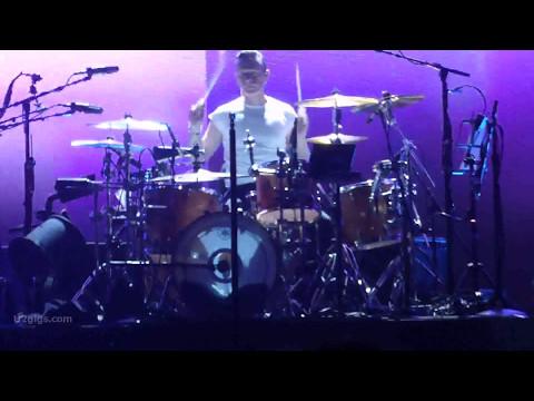 U2 Beautiful Day, Vancouver 2017-05-12 - U2gigs.com