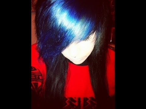 Bleaching and Dying my hair Black and Blue *requested*
