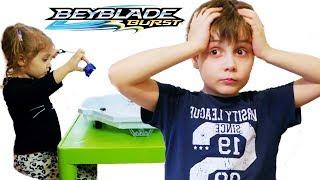 Download ШОК Эдик Проиграл Девочке??? в БейБлейд Берст Boy VS Girl BeyBlade Burst Video