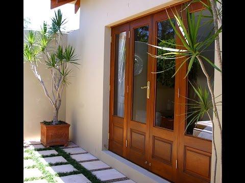 How to Stain Windows & Doors