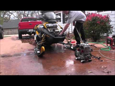 Skidoo Rev 800 Pressure washing motor and compartment Episode 7
