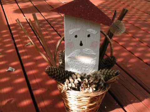 Make your own Primitive Santa Craft in no time! Recycling old wood.