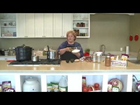 How to Can Spiced Apple Sauce