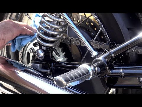 Triumph T120,  How to clean and lube your MOTORCYCLE CHAIN, Deep clean method!