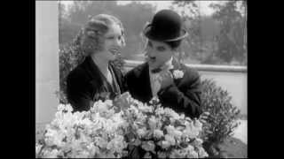 Charlie Chaplin - City Lights - Buying Flowers scene (with Virginia Cherrill)