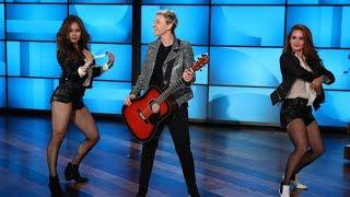 Ellen's Monologue Rocks The House!
