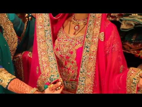 What Are Indian Brides Expected to Wear? : Indian Wedding Attire