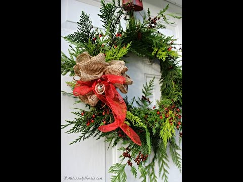 How to Make an Evergreen Wreath at Home