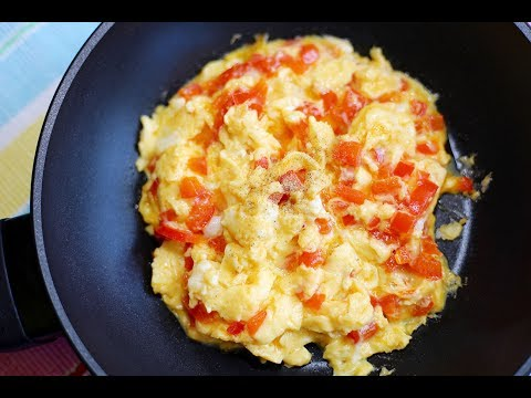 Red Bell Pepper Scrambled Eggs : Breakfast Recipe