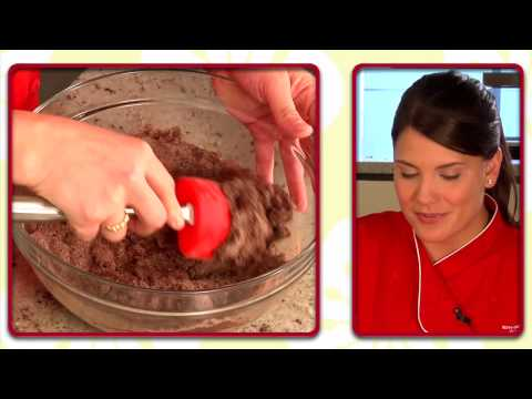 How to Make Chewy Chocolate Cookies with Betty Crocker