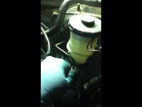 Honda Civic DX Brake Master Cylinder Replacement (EASY)