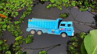 Finding Toy Cars in a Canal & Bushes near a Village Farm - Looking for Toy Vehicles by EH ToyShow