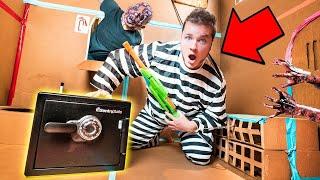 BOX FORT PRISON ESCAPE ROOM ABANDONED SAFE!! 24 Hour Challenge Vs Zombies