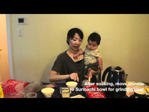 How to make Japanese baby food - #3 Shirasu (whitebait) & tofu(離乳食、しらすとお豆腐)