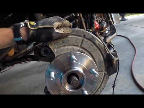 Changing Wheel Bearings on a 2010 Jeep Wrangler