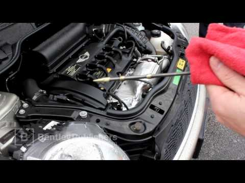 MINI Cooper (R56, R55, R57) 2007-2011 - How to check engine oil level - DIY Repair