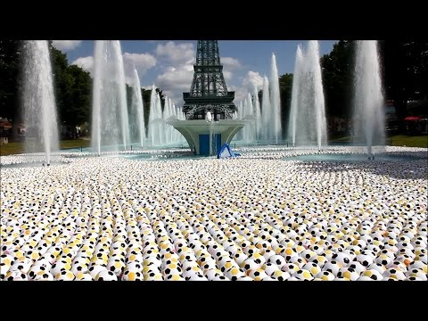 Kings Island fountain filled with 20,000 soccer balls to help in fight against cancer