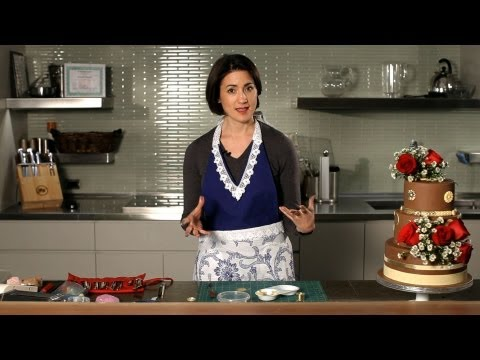 How to Work with a Cake Designer | Wedding Cakes