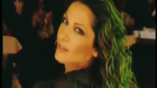 Δέσποινα Βανδή - Ανάβεις Φωτιές | Despina Vandi - Anaveis Foties | Official Video Clip
