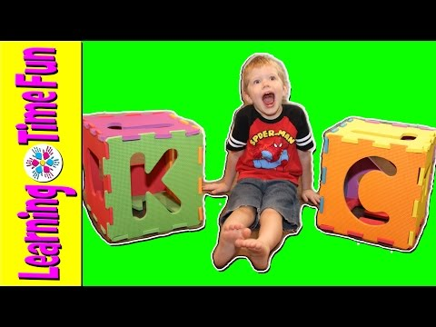 Learn the ABC's with our ALPHABET BOX | ABC Games | Letter Dice | Phonics Sounds | Consonant Letters