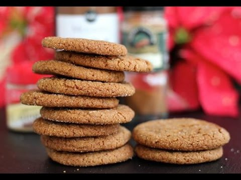 Christmas Cookie Recipe: Homemade Gingersnap Cookies by CookingForBimbos.com